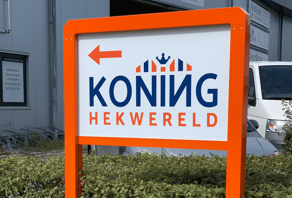 Contact Koning Hekwereld